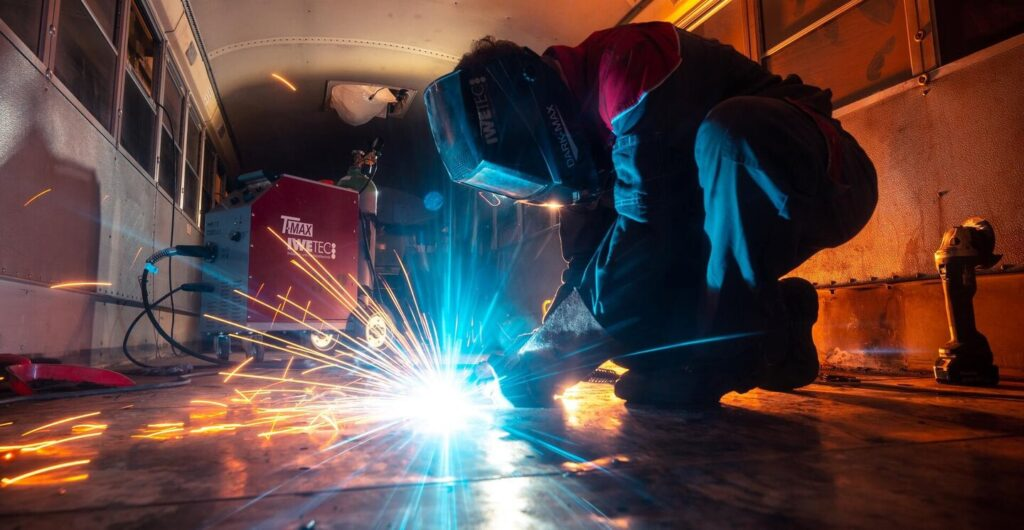 can you weld steel to iron